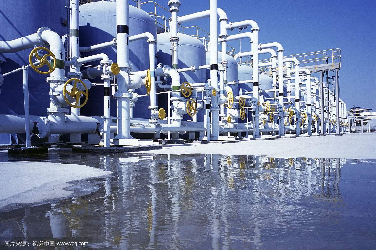 太阳能海水淡化供热系统